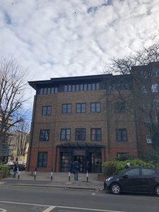 CroydonのUKVCASの建物